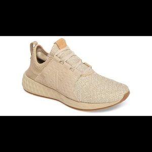 NWOT New Balance Running shoe 8